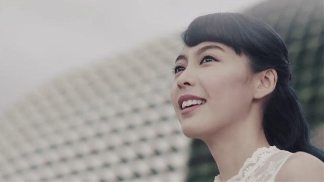 Olivia Ong for Samsung GALAXY Wonderland