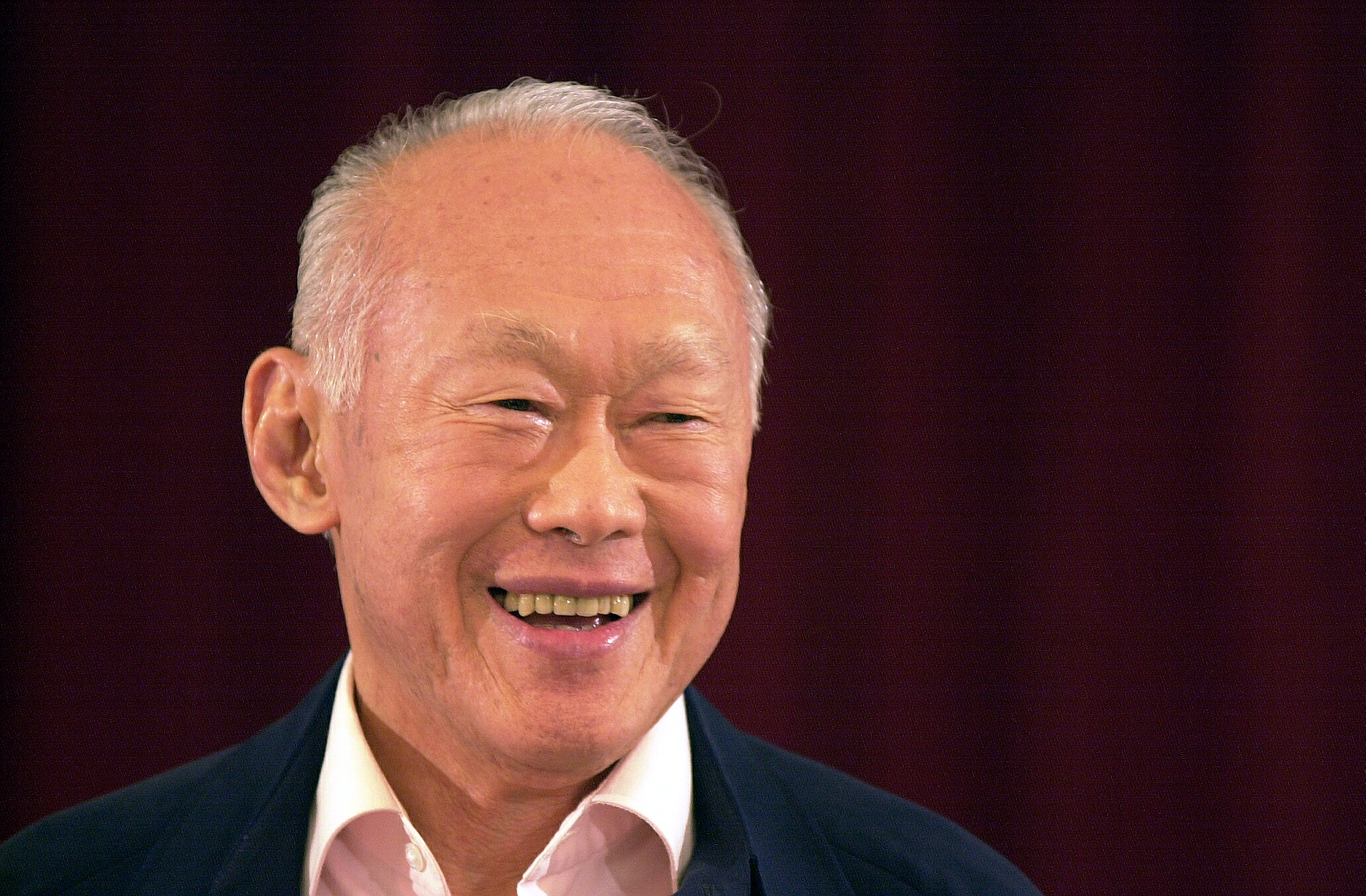 the life story of lee kuan yew   must share news