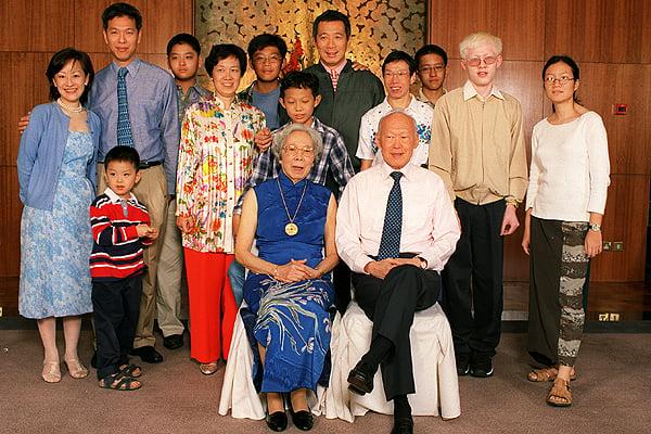 13 Controversies Of Lee Kuan Yew - MustShareNews.