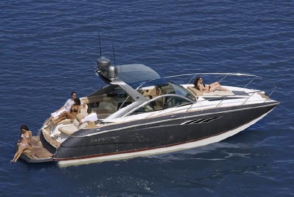30 ft yacht