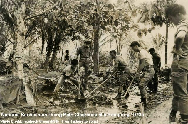 national-servicemen-kampong-clearance-1971
