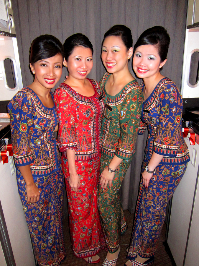 Singapore_Airlines_Hostesses