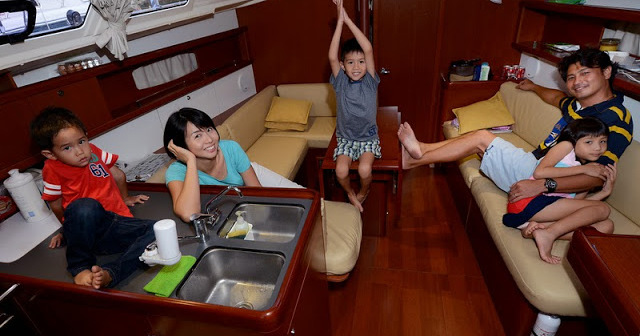 darrenlim_evelyntan_boat_home_16