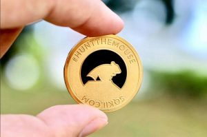 hunt-mouse-ntu-gold-coin