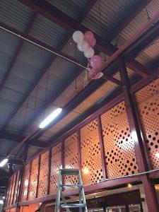 worker-balloons-3