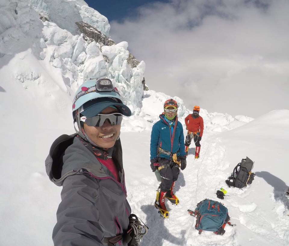1st Malay Female Singaporean To Summit Mt Everest Tried