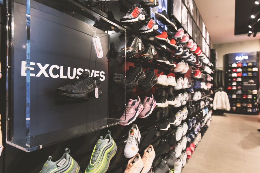 f8c2a5b61e5 JEM s New Foot Locker Outlet Ends Sneaker Pilgrimages For Westies