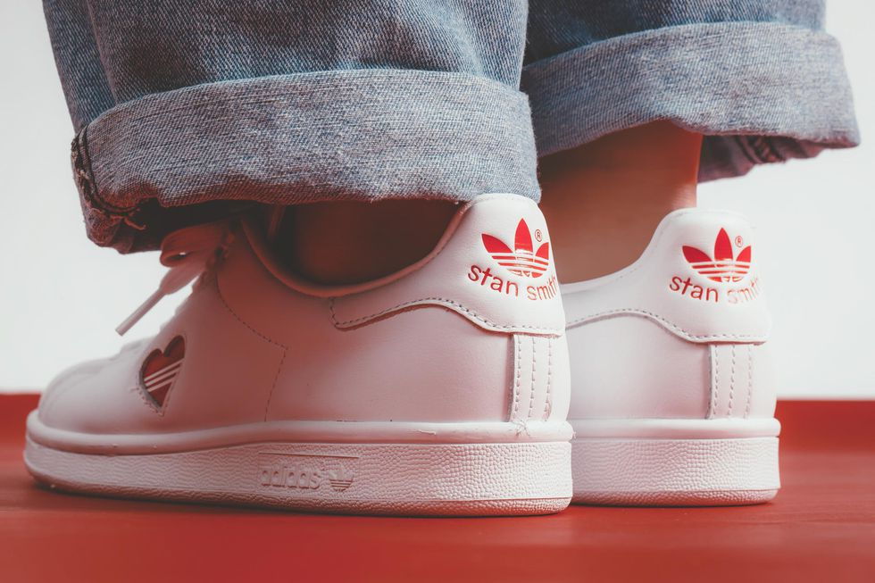 new product 38632 f6546 White Adidas Valentines Stan Smith Sneakers Out On 8 Feb At
