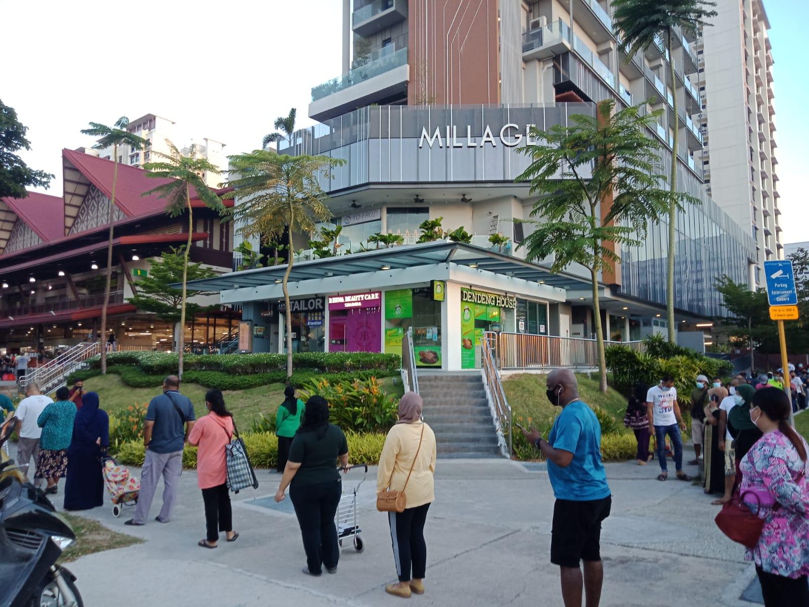 Geylang Serai Market Still Had Long Sunday Queues Let S Not Risk