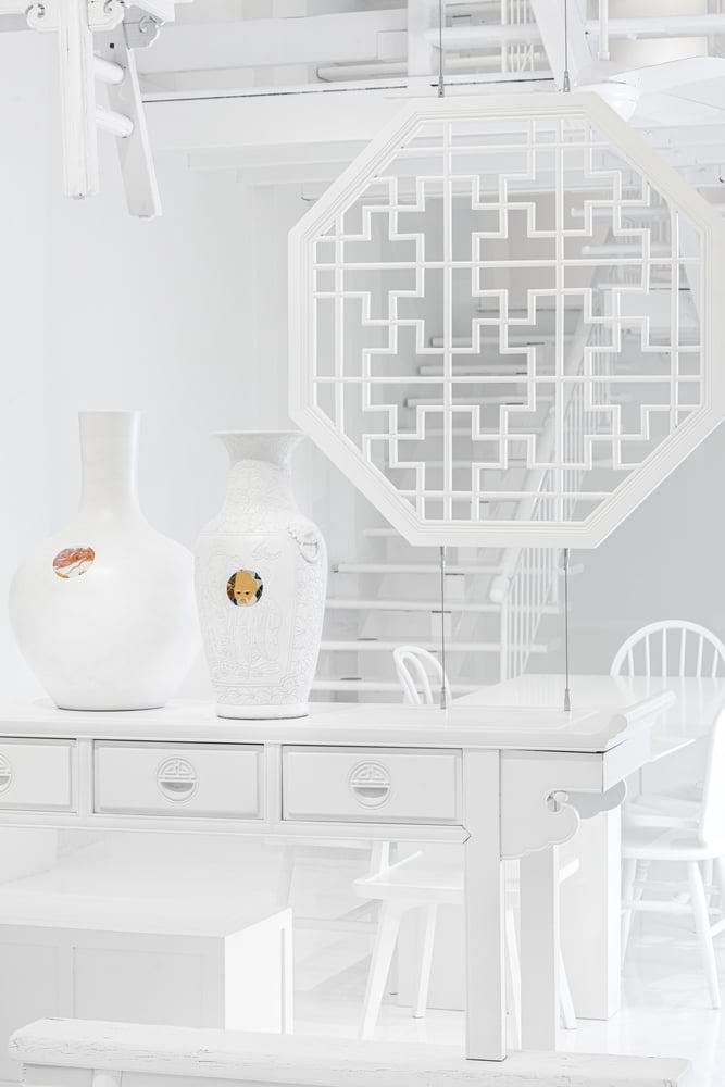 apartment all-white