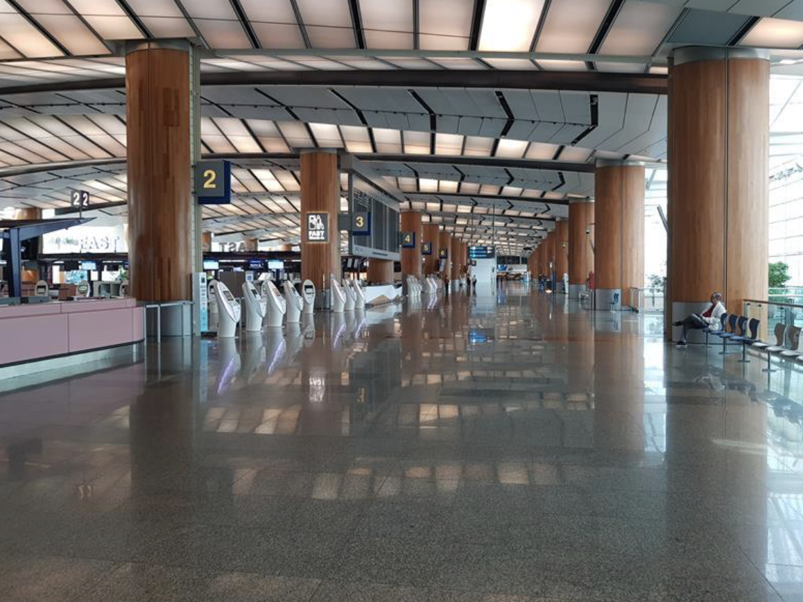 Terminal 2 empty check in