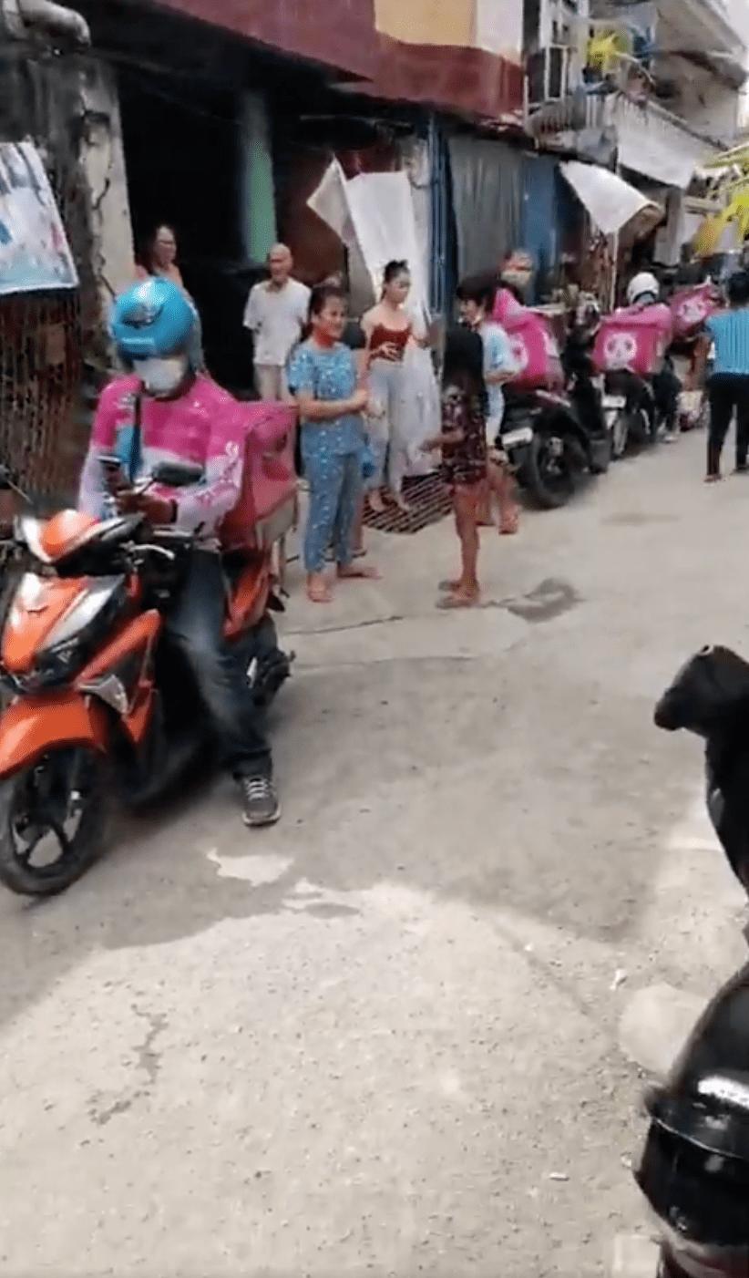 42 foodpanda riders