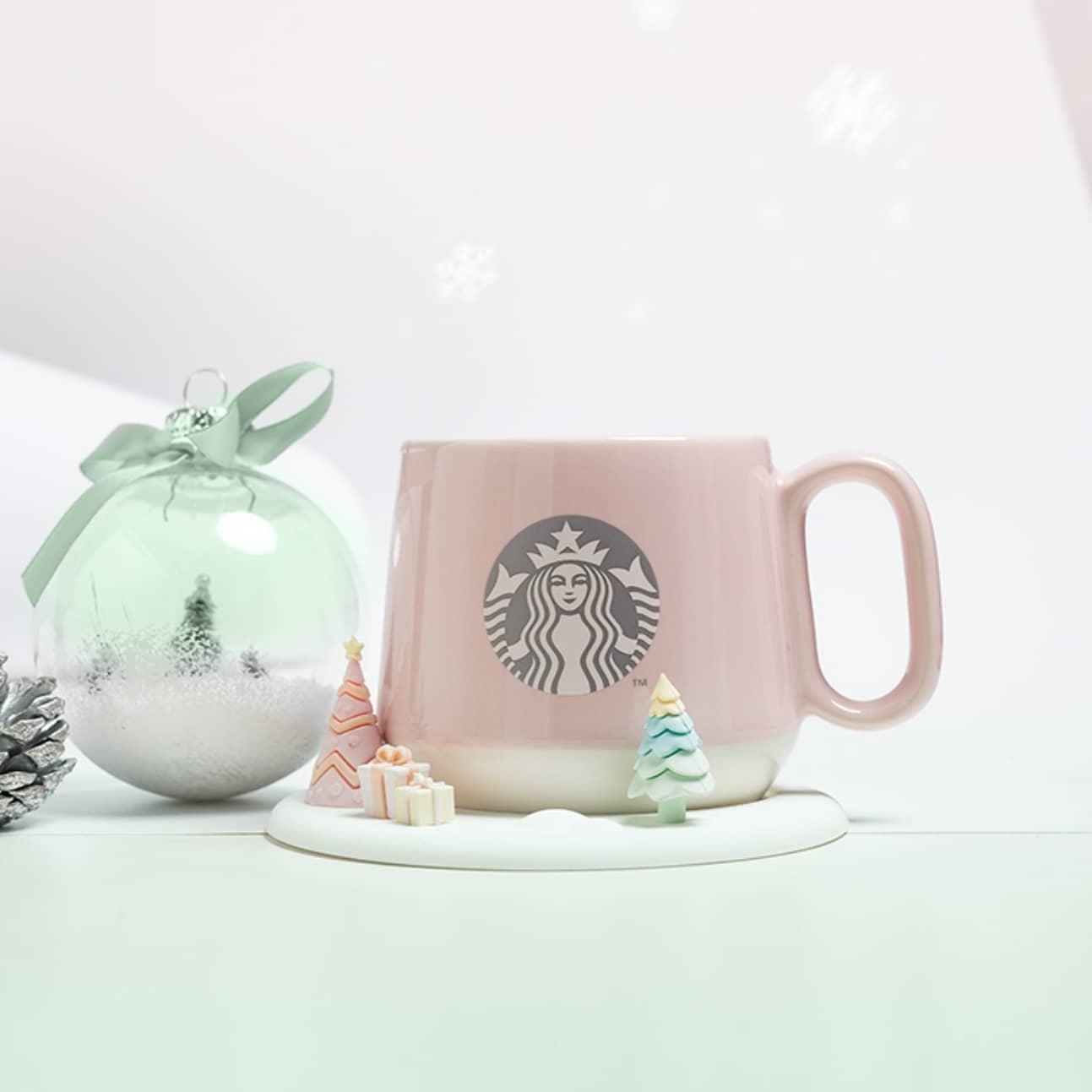 Starbucks Has A Pastel Mug Tumbler Flasks To Match Your Everyday Neutral Tones