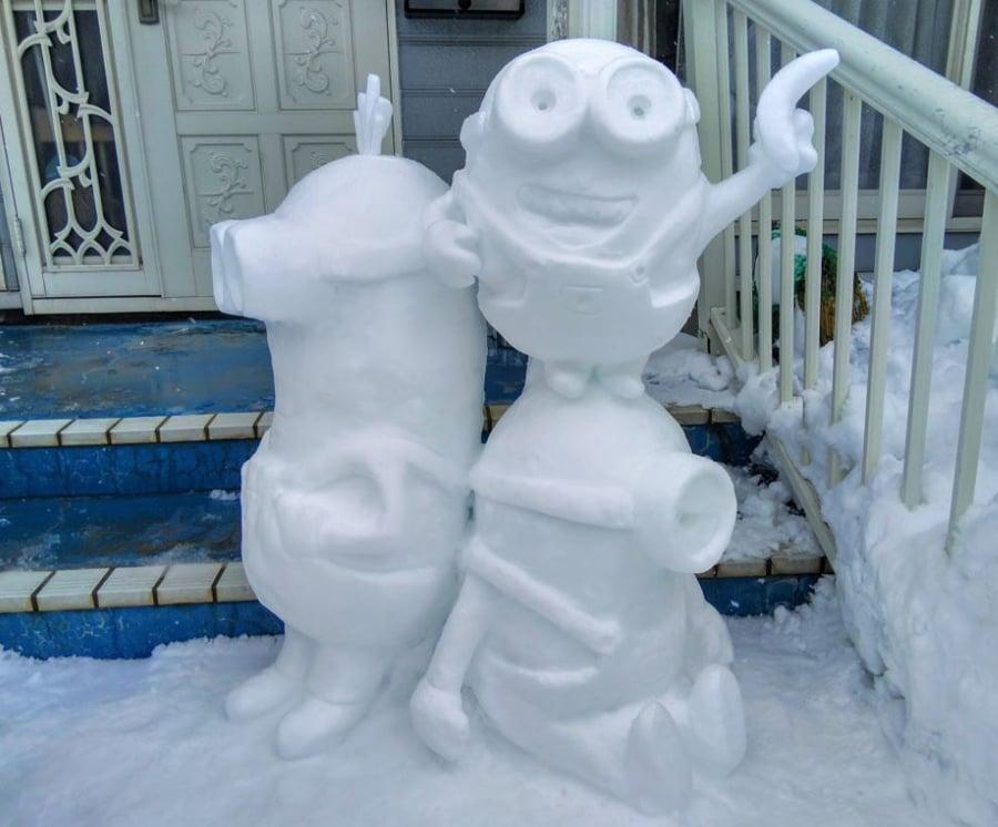 minions snow figures 1