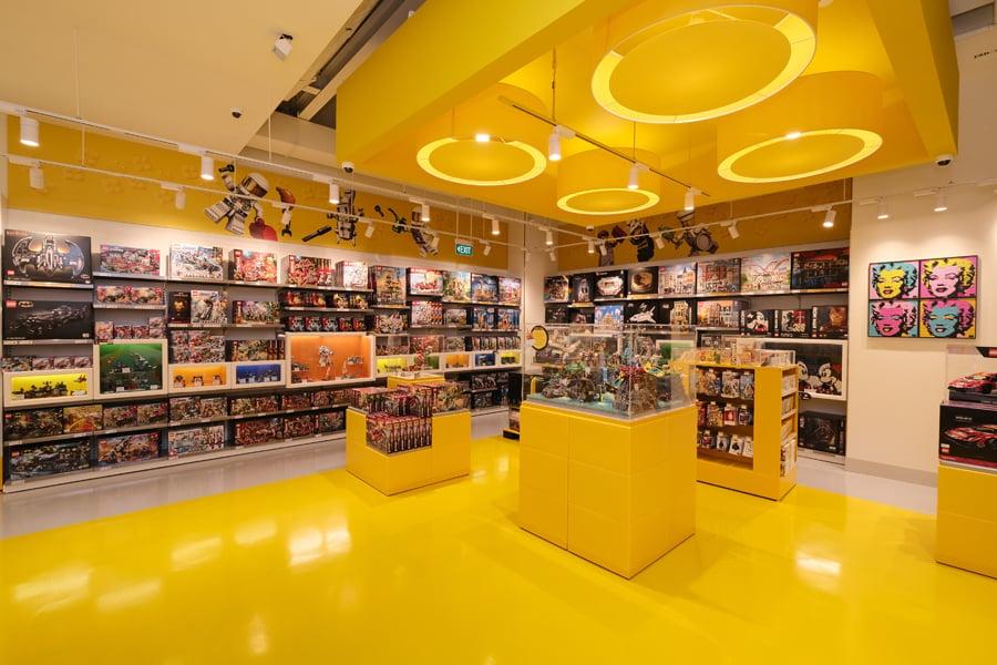 LEGO Store suntec 3