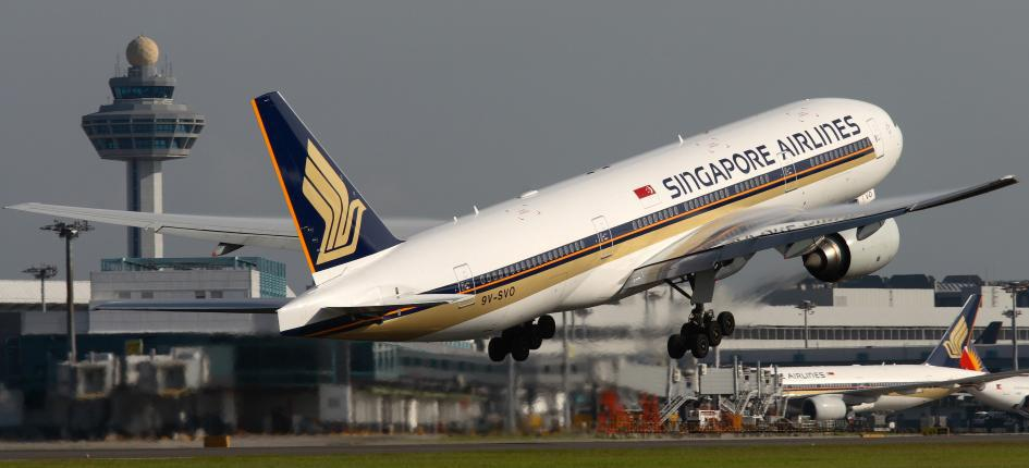 Singapore-Hong kong travel relaunches
